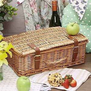 Wicker Storage Chest With Handle And Straps - bedroom