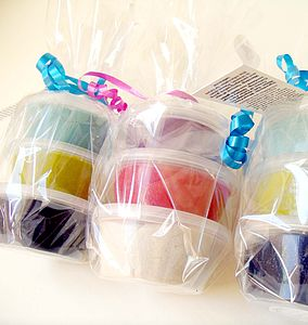 Childs's Dough Party Pots - party bags and ideas