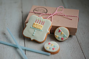 Small Happy Birthday Biscuit Gift Box - biscuits and cookies