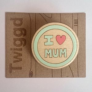 'I Heart Mum' Brooch - mother's day gifts