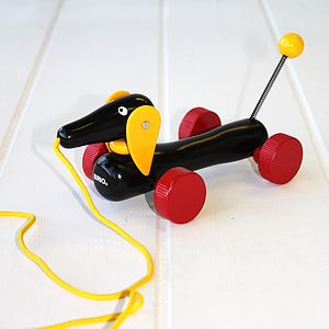 Sausage Dog Pull Along Toy