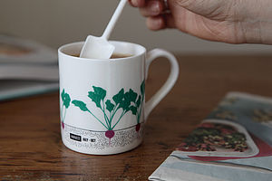 Seasonal Garden Mug Beetroot - tableware