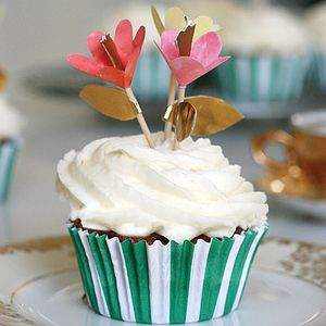 Fancy Flowers Cupcake Kit - kitchen