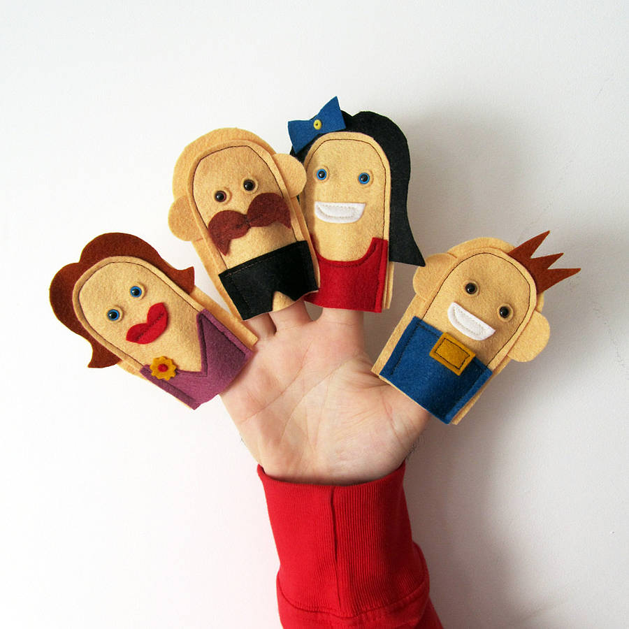 how to make handmade puppets handmade felt family finger puppets by thebigforest 9345