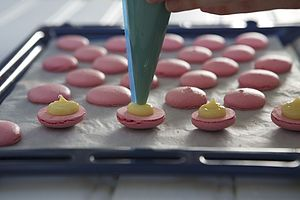 Macaron Making Class - gifts for her