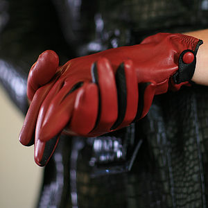 Emma. Women's Cropped Leather Gloves