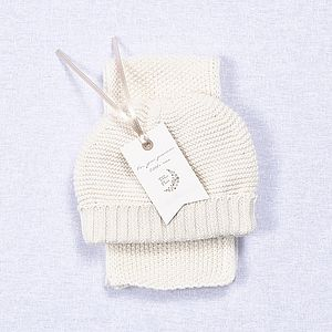 Babies Hat And Scarf Gift Set