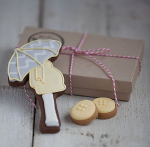 Mum To Be Biscuit Gift Set - announcement and gender reveal ideas