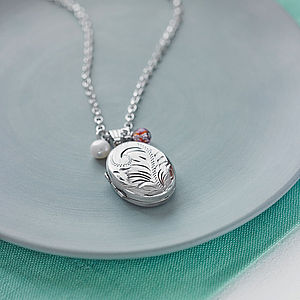 Vintage Silver Locket Necklace - gifts for grandparents