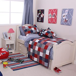 McKenzie Quilted Pillowcase - children's room