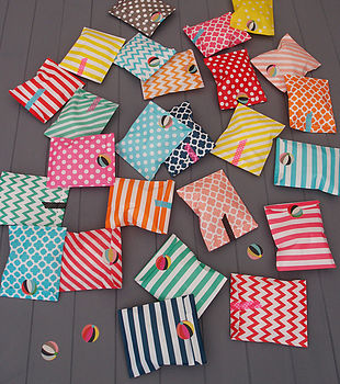 Pack Of 25 Assorted Patterned Party Bags