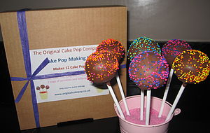 Cake Pop Baking Kit Pom Poms