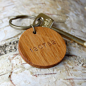 Personalised Date Wooden Circle Keyring - keyrings