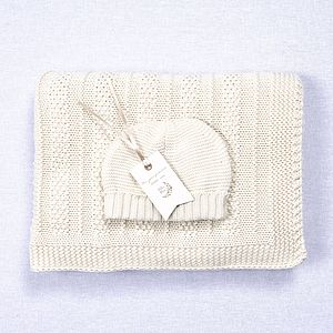 Babies Blanket And Hat Gift Set
