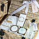 White Daisy Hamper