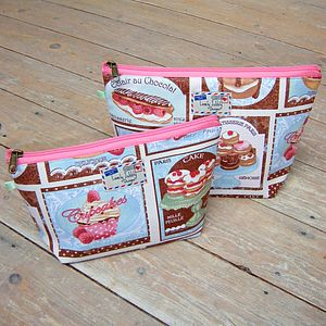 Framed Patisserie Cosmetic Toiletry Wash Bag - home