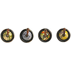 Black Round Floral Hook Selection