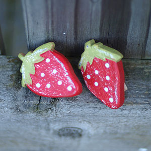 Pack Of Six Strawberry Pegs - kitchen