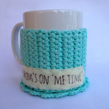 Mum's on 'me time' personalised label