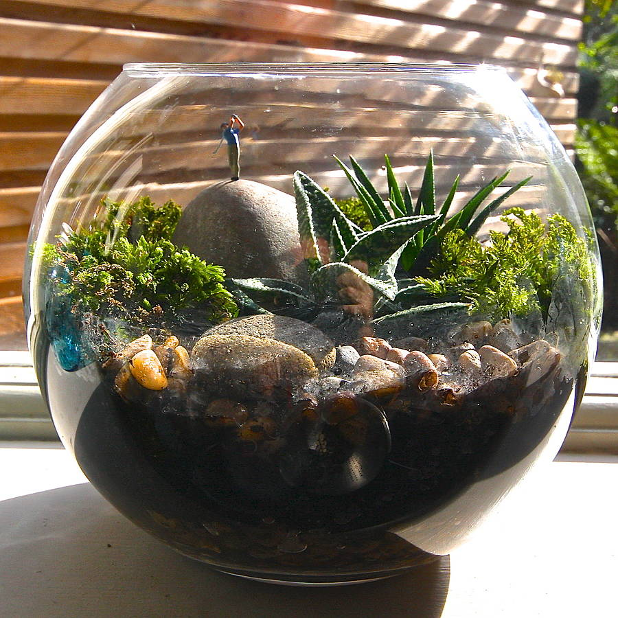 mini world terrarium kit the golfer by london garden trading. Black Bedroom Furniture Sets. Home Design Ideas