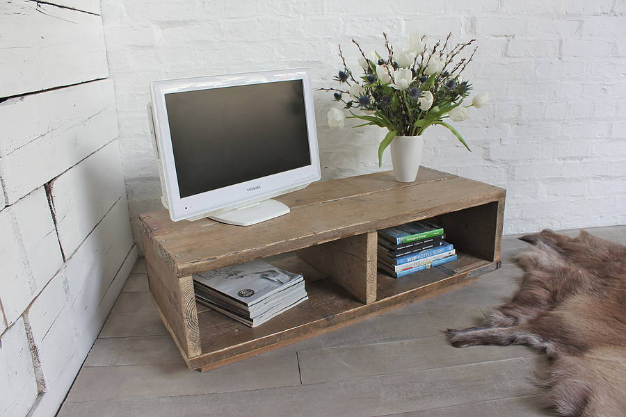 Skipton Reclaimed Scaffolding Board Media Unit By Urban