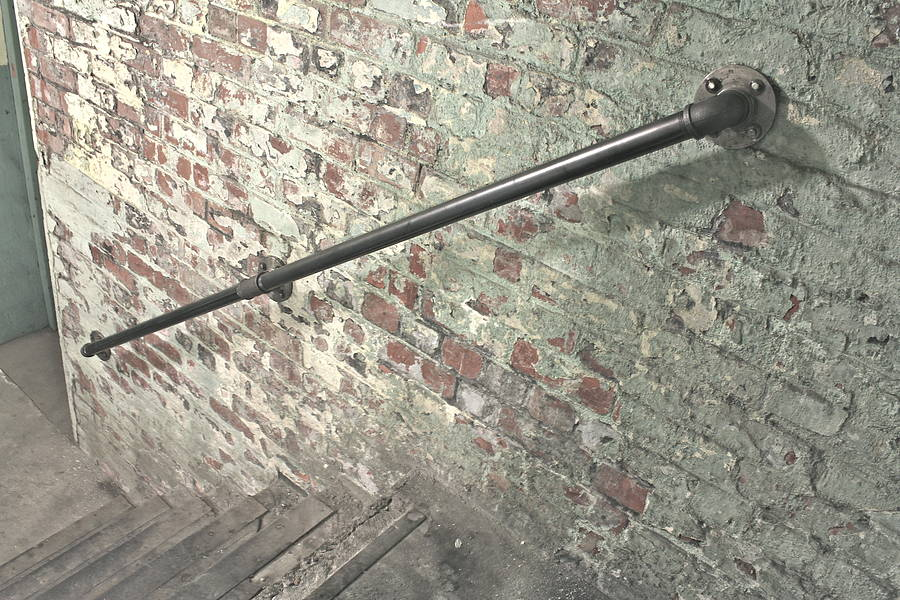 Susannah Industrial Steel Pipe Staircase Hand Rail By