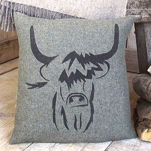 ' Highland Cow ' Tweed Cushion