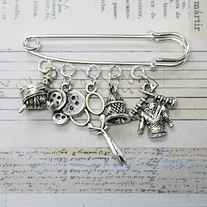 Knitting Diva Brooch - pins & brooches