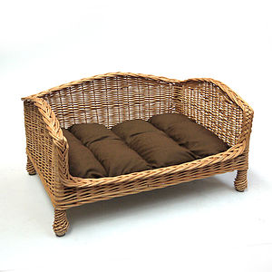 Luxury Settees - pet beds baskets