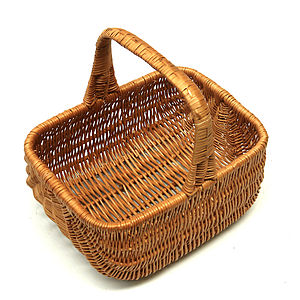 Traditional Wicker Carry Basket - living room