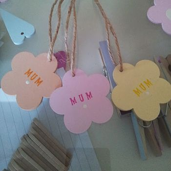 Hand Painted Mum Flower Tag