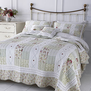English Rose Patchwork Quilt - bed, bath & table linen