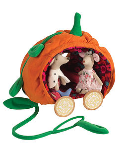 Pumpkin Carriage And Prince And Princess Mice - toys & games