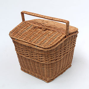 Large Wicker Picnic Hamper Basket - camping