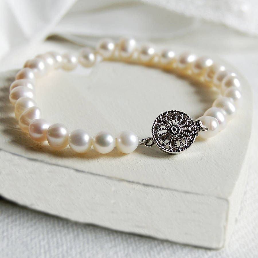 Pearl Bracelet With Round Vintage Style Clasp By Highland