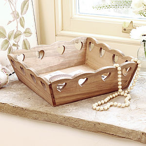 Wooden Cut Out Heart Store - baskets