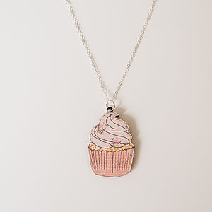 Cupcake Wooden Necklace - gifts for teenagers