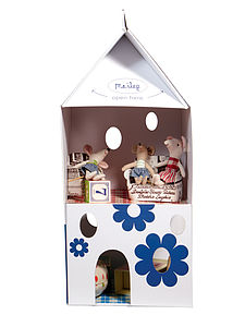 Milk Carton Dolls House - pretend play & dressing up