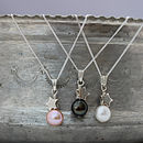Thumb mini pearl pendants with silver star