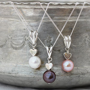 Pearl Pendant With Heart