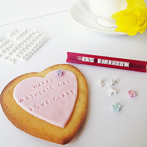 Make Your Own Personalised Cookie Kit - cookie cutters