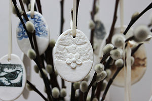 Small Porcelain Lace And Daisy Egg Decoration - easter decorations