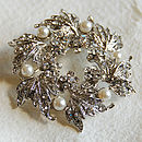 Silver Wreath Brooch