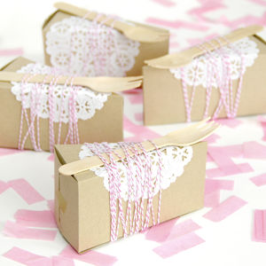 Cake Slice Box - favour bags, bottles & boxes