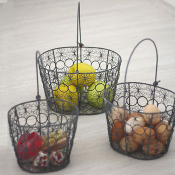 Set Of Three Fine Wire Daisy Baskets