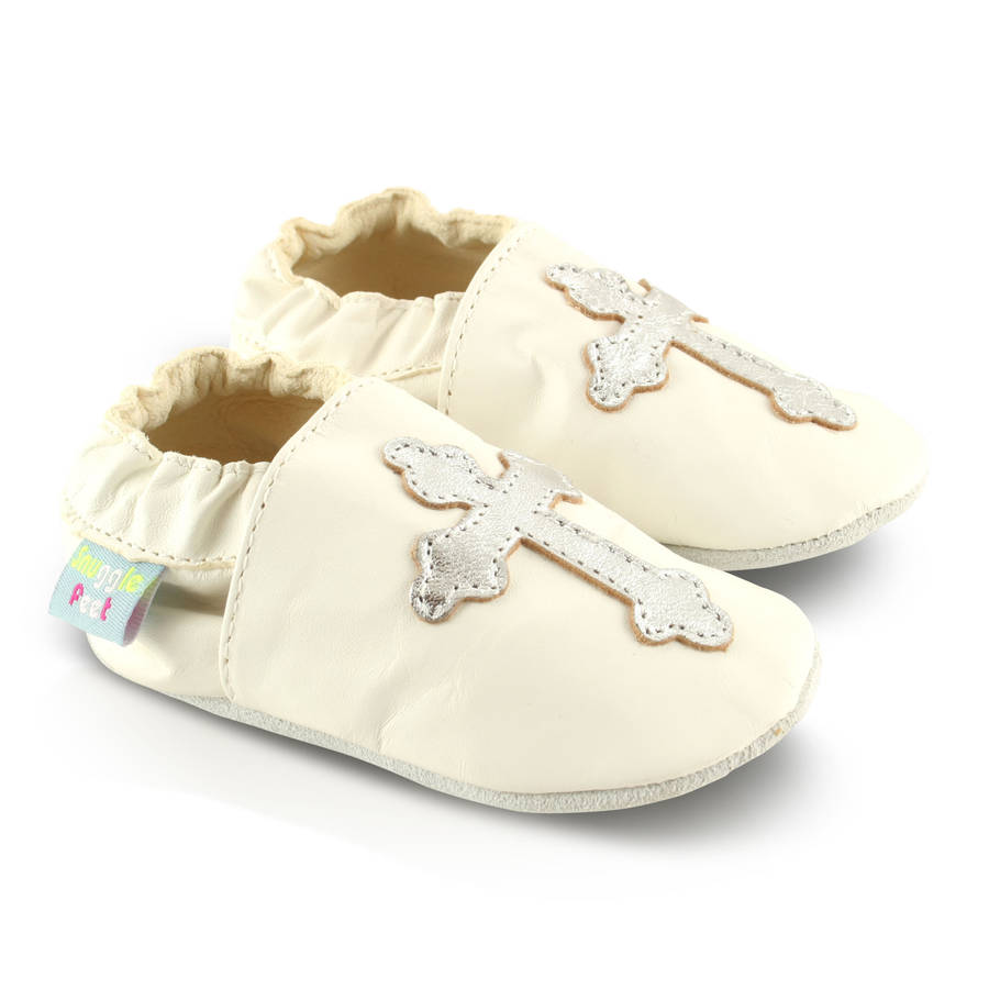 Baby Shoes, Infant and Toddler Shoes. Softies Baby Shoes is your specialist online baby shop,offering a unique selection of handmade booties, shoes and slippers for babies, infant and toddler shoes, and a contemporary collection of baby clothes, including baby t-shirts, leggings and socks.
