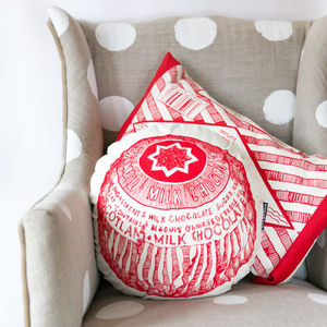 Tunnock's Teacake Round Cushion - bedroom