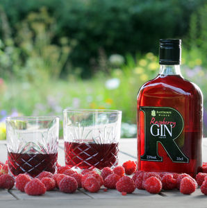 Raspberry Gin - out & about