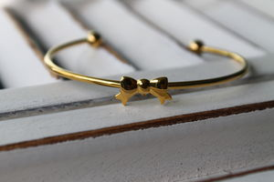 Gold Plated Bow Bracelet