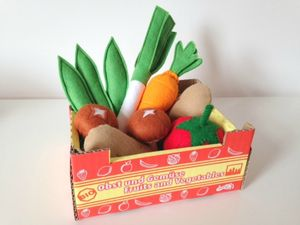 Pretend Play Felt Food Vegetable Collection - play scenes